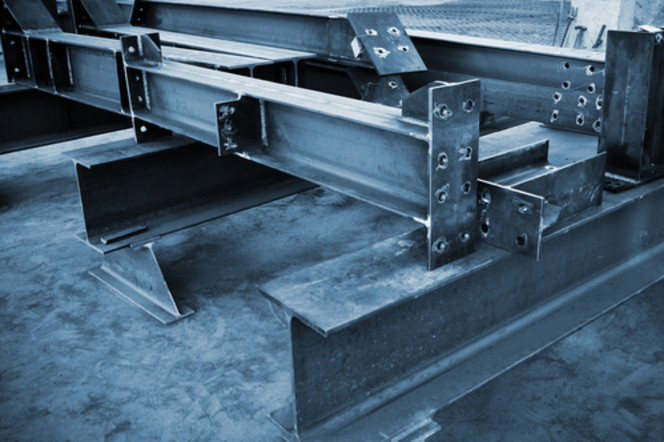 Stahlbaugruppen Shutterstock 73787068